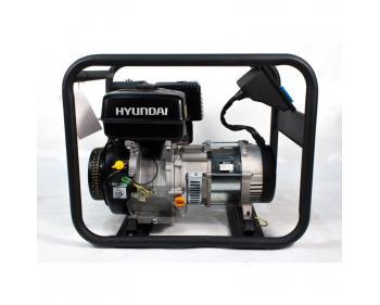 HY6000 Hyundai  Generator  de curent monofazic  , putere maxima 4 kW , tip motor Hyundai IC340 , rezervor in baia de  ulei 1.1 l