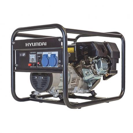 HY3100 Hyundai  Generator  de curent monofazic  , putere maxima 2.5 kW , tip motor Hyundai IC210 , rezervor 0.6 l